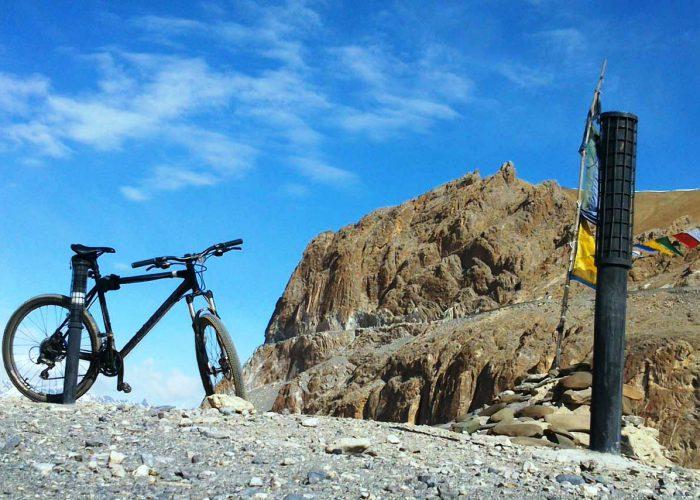 Himalaya Bicycling tour India