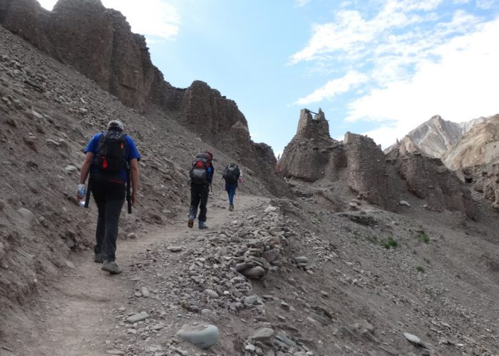 markha valley trekking leh India